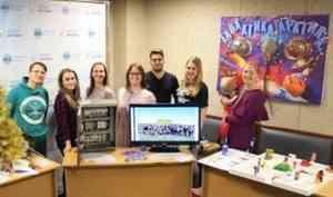 Гости Фестиваля молодежных инициатив в Северодвинске «примерили» профессию электромонтажника