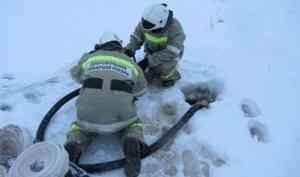 Вудалённой деревне напобережье Белого моря добровольцы спасли дом отпожара