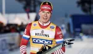 Александр Большунов стал втретьим вклассическом масс-старте на15 километров врамках «Тур деСки»