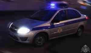 В Мирном Архангельской области сотрудники Росгвардии обнаружили автомобиль, угнанный с платной стоянки