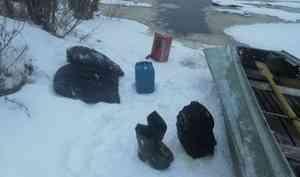 Водолазы подняли со дна Емцы в Холмогорском районе снегоход, на котором ехали пропавшие мужчины