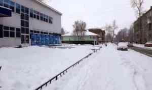 Мэрия Архангельска продолжает требовать от подрядчика качественной уборки улиц