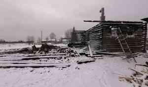 При пожаре в Каргопольском районе погибла девушка-инвалид