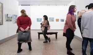Осторожно, искусство для всех: архангельский Выставочный зал открыл двери самодеятельным художникам