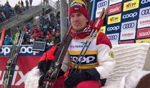 Спортсмен Архангельской области Александр Большунов победил в скиатлоне на этапе Кубка мира