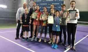 Архангелогородец Александр Ненашев занял 2 место на теннисном турнире в Пензе