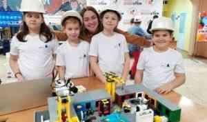 В Архангельске прошёл фестиваль робототехники «RoboSTEM»