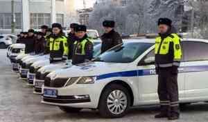 Автопарк ГИБДД области получил 70 новых машин для сотрудников госавтоинспекции