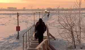 ВАрхангельске открыли первую пешеходную переправу наостров Хабарка