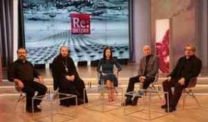 Церковь не молчит: телеканал «Спас» запускает аналитическое ток-шоу «Реакция»