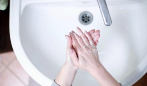 В Архангельске квартиры злостных должников за воду отключают от канализации