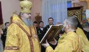 Митрополит Корнилий 23 февраля совершил Литургию в храме Беломорской военно-морской базы