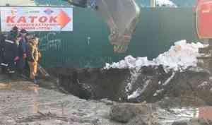 В Коряжме тело рабочего нашли в канализационном колодце