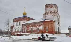 Жители беломорской Патракеевки просят помочь восстановить старинную колокольню