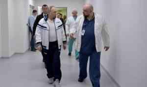 Главврач больницы в Коммунарке, с которым недавно общался Путин, слег с COVID-19