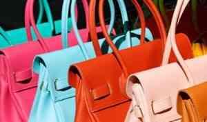 Показатели спроса и цен в категории женских сумок