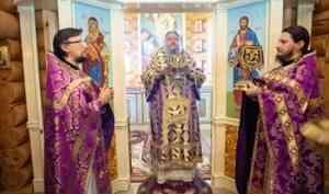 Митрополит Корнилий в пятую неделю Великого поста совершил Литургию в архангельском храме блаженной Матроны Московской