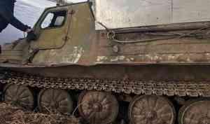 В Плесецком районе двое мужчин утонули при переправе через реку на гусеничном тягаче