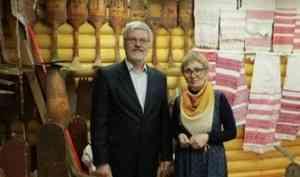 В Карпогорах открылся Дом пинежской прялки