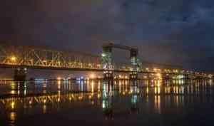 С 1 по 15 июня Северодвинский мост в Архангельске будут закрывать для проезда на ночь