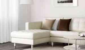 Кто выбирает белые диваны для дома и офиса