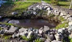 Под Архангельском на даче в искусственном водоеме утонул двухлетний малыш