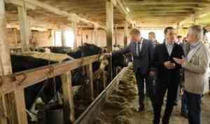 Александр Цыбульский встретился с аграриями Вельского района