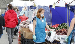 Северная семга и рогатая фиалка: гуляем по первой после ограничений ярмарке в Архангельске