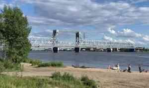 Железнодорожный мост в Архангельске закроют на несколько дней для проезда машин