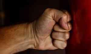 Пьяная ссора в деревне Малое Конево в Плесецком районе закончилась смертью