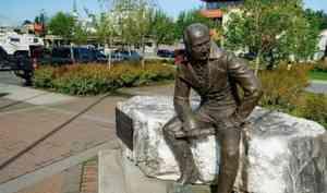 Александр Цыбульский прокомментировал инициативу убрать памятник главе Русской Аляски изцентра города Ситка