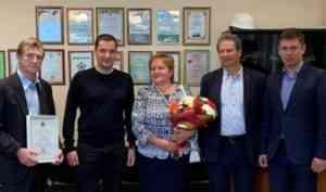 Александр Цыбульский встретился с родителями космонавта Ивана Вагнера