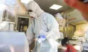 Коронавирусом заболел глава регионального Минздрава и сотрудники СМИ: хроники COVID-19 в Поморье