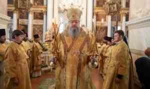 Митрополит Корнилий в праздник апостолов Петра и Павла совершил Литургию в Заостровье
