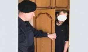 Житель Коряжмы прятался от тюрьмы в шкафу