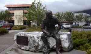 Памятник нашему земляку, первому правителю Русской Америки Александру Баранову уберут изцентра Ситки
