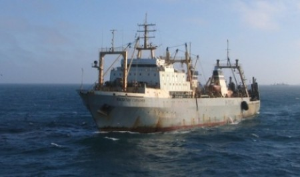 Рыболовный траулер «Карелия» остановил промысел – коронавирус нашли у 23 моряков