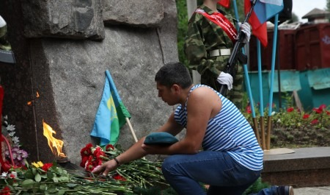 Десантный рэп и возложение цветов: Архангельск отмечает День ВДВ