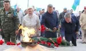 День ВДВ в Архангельске и Северодвинске отметили достойно и без скандалов
