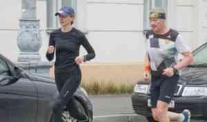 Долгожданные эмоции: в Поморье участники полумарафона «ЗаБег» почувствовали соревновательный дух