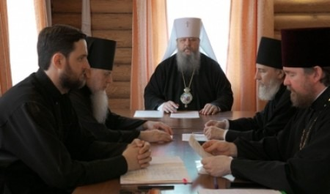 Митрополит Корнилий возглавил заседание Архиерейского совета в Сийском монастыре