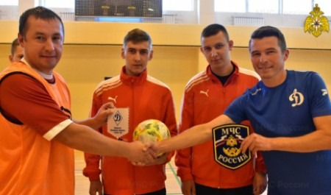 Товарищеский матч по мини-футболу прошел между командами МЧС России и ФСИН России