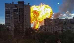 Огненный шар над городом: в Волгограде газовая заправка взлетела на воздух