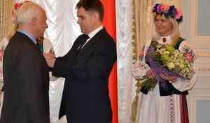 «Мне стыдно его носить»: дирижер Спиваков отказался от ордена, которым его наградил Лукашенко