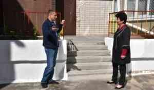 Александр Дятлов проконтролировал ход ремонта детских садов и школ в Северодвинске