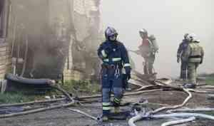 Житель Вилегодского района погиб из-за пожара в деревянном доме. Здание загорелось от свечи