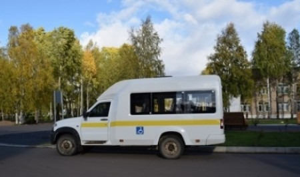 В Пинежский район поступил специализированный микроавтобус для доставки пожилых жителей в медицинские организации