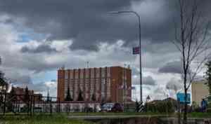 В НАО управляющую ресторанно-гостиничного комплекса обвинили в подкупе работника контрактной службы