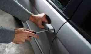 Северодвинец сообщил о ложном угоне своего авто из-за страха перед родственниками