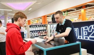 Tele2 улучшила качество связи и мобильного интернета в крупном торговом центре Архангельска